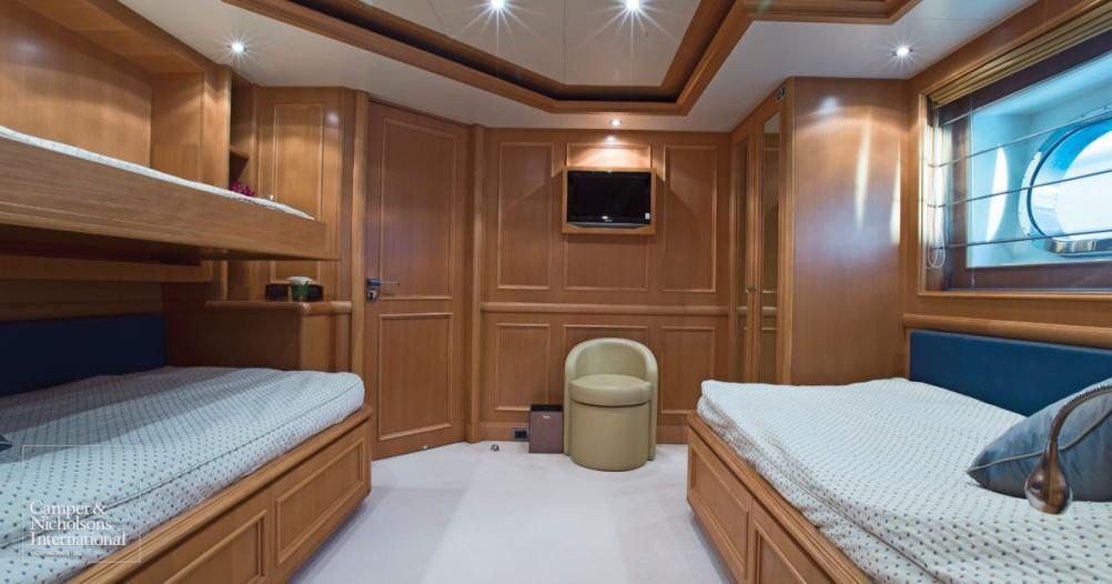 Motor Yacht Hana CRN Yacht Harbour