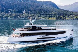 Moon Sand Too, Feadship, Burgess, sale, selling, CA, central agency, viewings, De Voogt, Bannenberg & Rowell