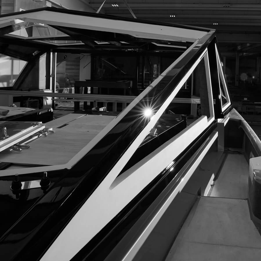 Wally, WHY200, Ferretti Group, Luca Bassani, Cannes, Yachting, Festival