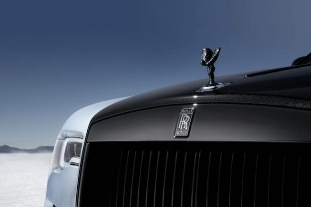 Rolls-Royce-Wraith-Black-Badge-Landspeed-Collection-Spirit-of-Ecstasy-min-624x416