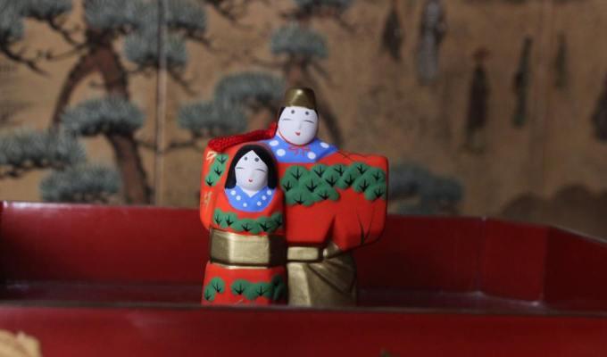 手向山八幡宮の雛人形