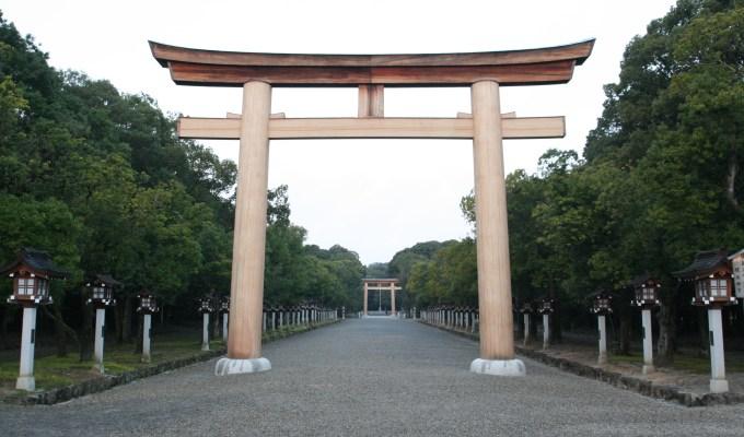 [通年]奈良 橿原神宮 – 畝傍山 – 神武天皇陵 – 今井町散策