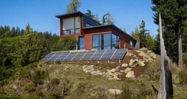 【特集コラム】第3回:災害時にも強いエネルギーシフトの形「オフグリッドライフ」の提案|小さな家で豊かに暮らす、タイニーハウスムーブメントを紐解く