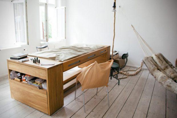 The-Workbed-Desk-1