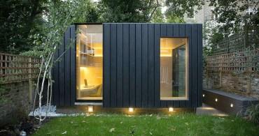 周りの景観を邪魔しない工夫も。ロンドンの裏庭に建つヨガスタジオ「Shadow  Shed」