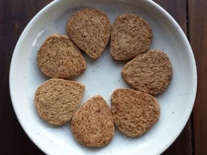 お菓子~農園産小麦・玄米・お野菜を活用~