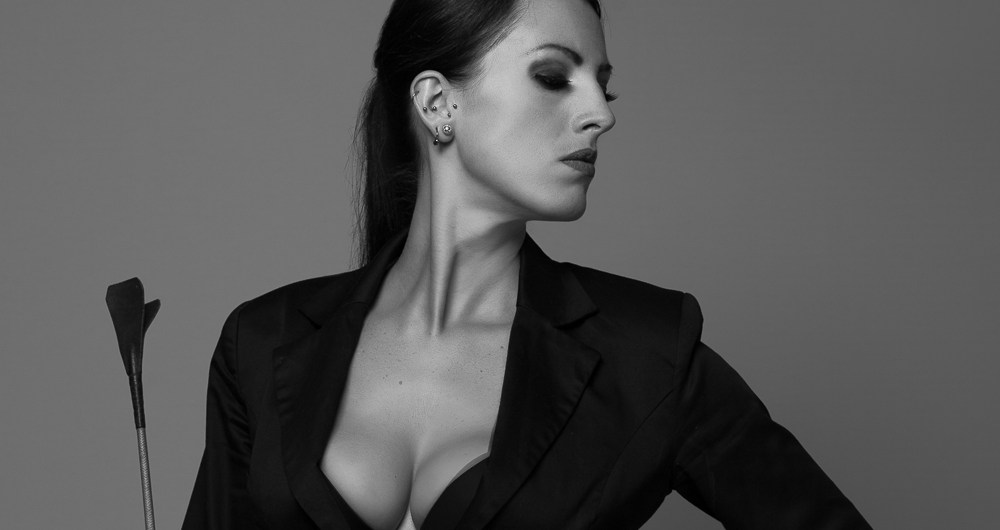 Portrait : Synthra Von D