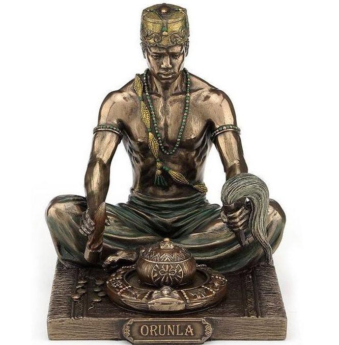 Small bronze statue of Ifa diviner