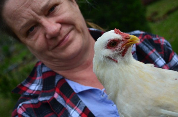 Mrs. Chicky (foreground) and Mum (background).