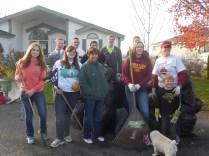 2016-10-11-yakima-missionaries-serve-70