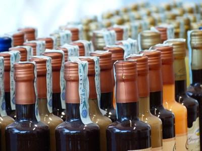 bottles-357998_1280