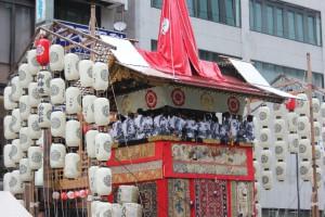 祇園祭の宵山の楽しみ方や見どころ。混雑状況について調べてみました。