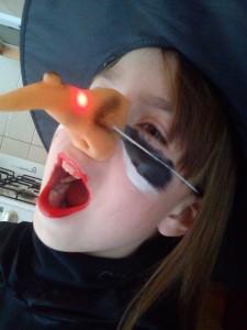 ハロウィンの仮装の衣装は通販が安いです。ゾンビやディズニーなら楽天市場へ。