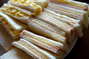 運動会のお弁当に定番のサンドイッチですが、前日準備のコツをお伝えします。