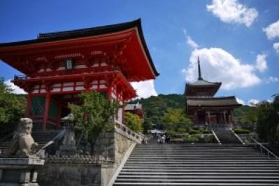 清水寺の安い駐車場はどこ?拝観時間と人気のお土産をお知らせします。