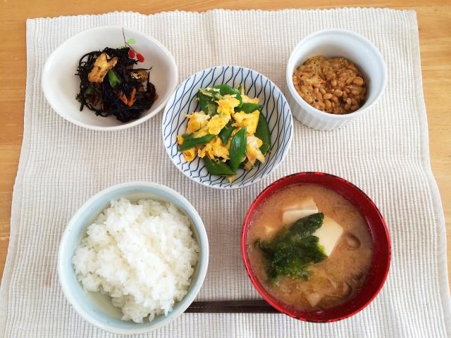 納豆と味噌汁に卵があれば最高の和朝食!?食べ合わせのコツ