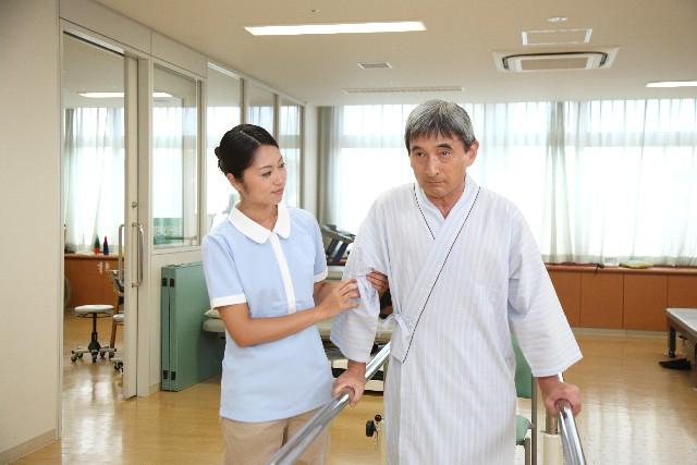 介護の給料が安いと言われる理由とは?離職率と経営者の判断