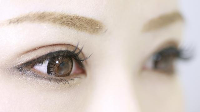 目の整形はブログを参考に!施術前にチェックすべきポイント