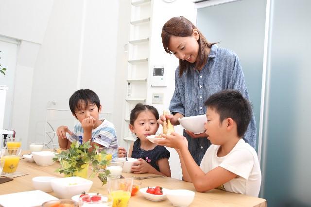 主婦がパートと子供の夏休みが重なって大変・・こんな方法は?
