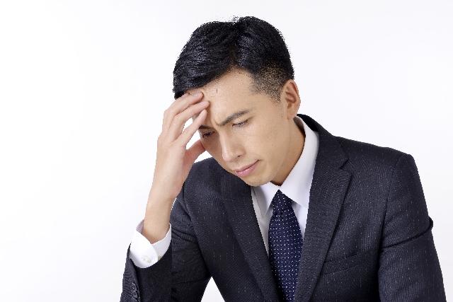 明日仕事に行きたくないと考える時の精神状態は?原因と対処法