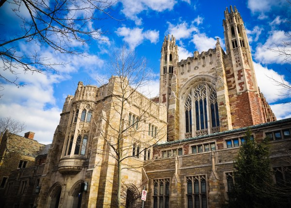 Yale Bioethics Debate Club Sponsored Yusbs