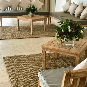 Lounges & Rugs