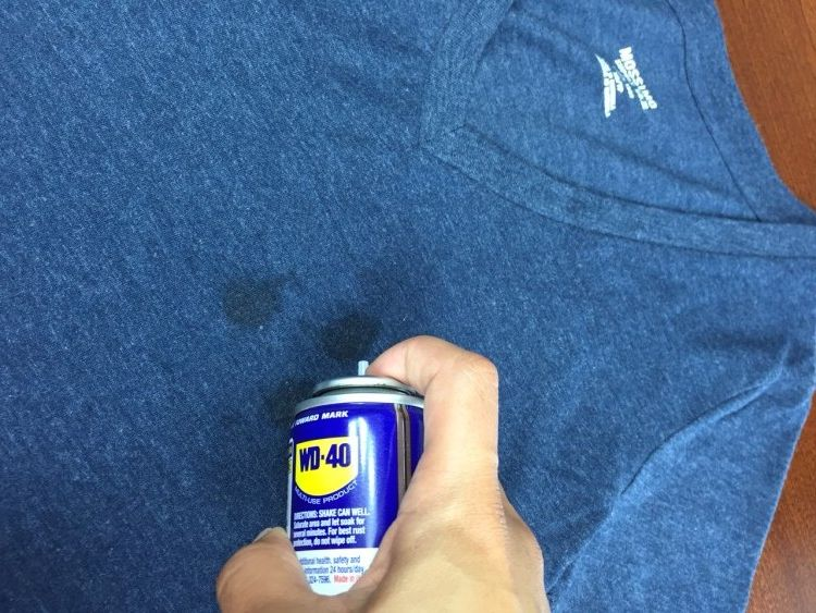 how do you get wood stain out of clothes