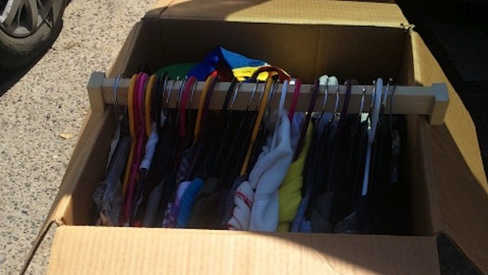 Make your own wardrobestyle boxes for quickly packing
