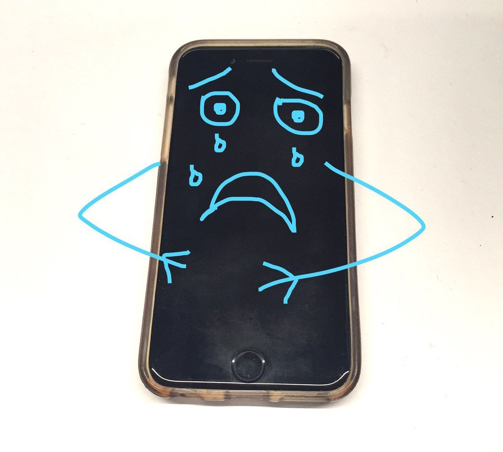 Heres how to actually clean your disgusting phone clean