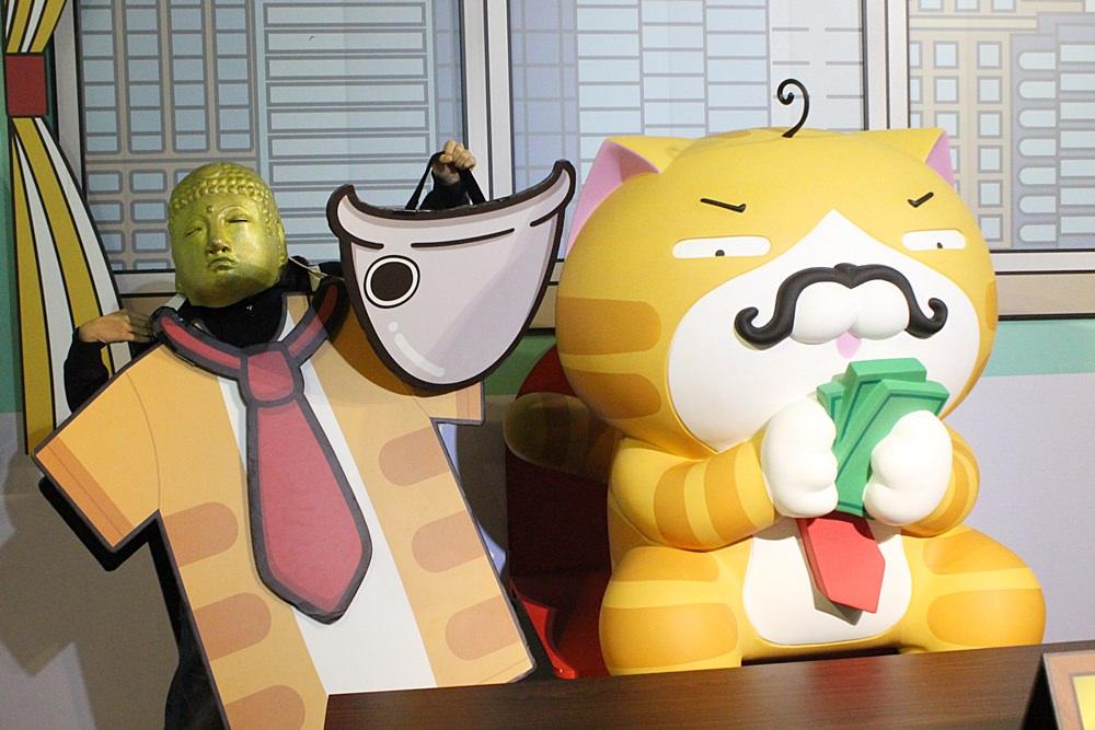 臺北展覽︳白爛貓超有事特展-和超人氣LINE貼圖白爛貓一起耍廢吧! - 金大佛的奪門而出家網誌