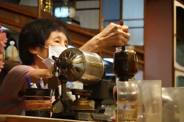 【職人時代‧聯合報徵文優勝作】金大佛/每杯咖啡都是「小堤」大作(置頂)
