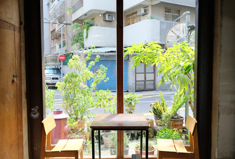好物 Spirit 咖啡《想見你》32咖啡館取景臺北咖啡館。近六張犁捷運站、不限時 - 金大佛的奪門而出家網誌