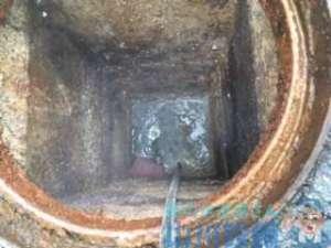 大阪府枚方市茄子作  厨房内グリストラップ排水管つまり修理  高圧洗浄機