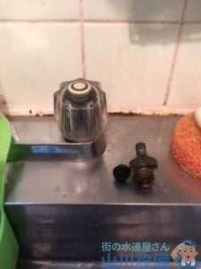 大阪府大阪市生野区桃谷  キッチン混合水栓故障修理