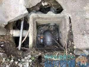 東大阪市西堤で崩壊してる排水桝の修繕は山川設備にお任せ下さい。