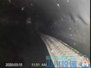 大阪市生野区中川で管内カメラで確認しながら油脂の塊を除去するなら山川設備にお任せ下さい。