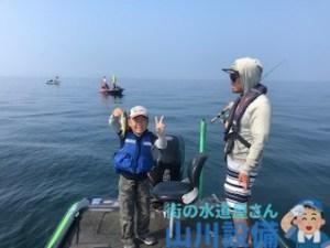 琵琶湖でバス釣りを教わるなら杉村和哉ガイドがお勧め