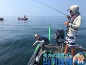 琵琶湖でバス釣り ガイドを探すなら杉村和哉ガイドがお勧め
