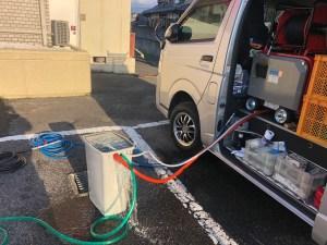 泉南市新家で低騒音ハイパワー高圧洗浄機を使った洗管作業は山川設備にお任せ下さい。