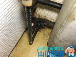 大阪市鶴見区鶴見で床からの排水管が詰まったら山川設備にお任せ下さい。