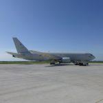 空中給油機KC-767帰投