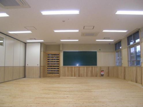 舎棟内部 学習室