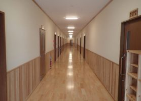 屋内 廊下-2