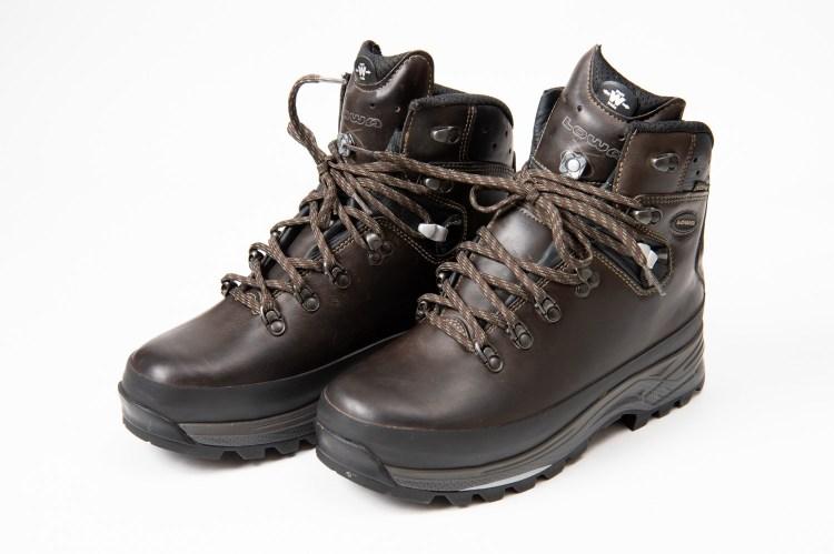 オイルレザーで加工した革登山靴