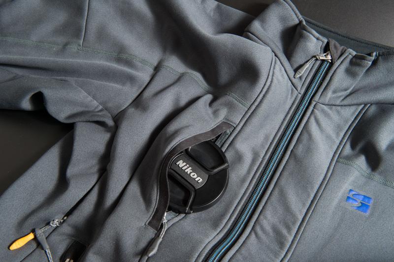 小物収納に便利な胸ポケット