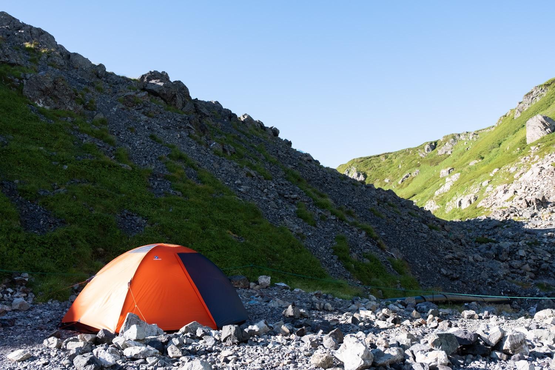 白馬岳のテント場に設営