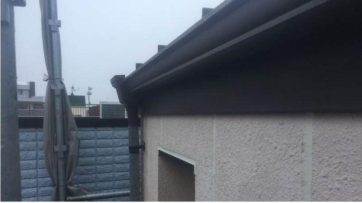 松戸市の破風板金工事の施工後の様子