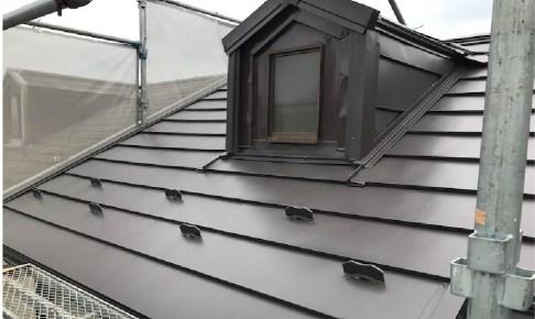 台東区の屋根カバー工法の施工事例