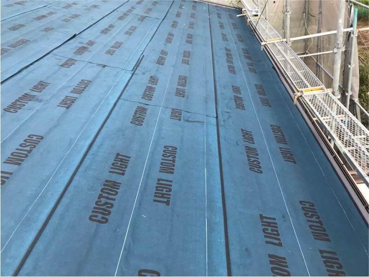 習志野市の屋根リフォームの防水シートの設置