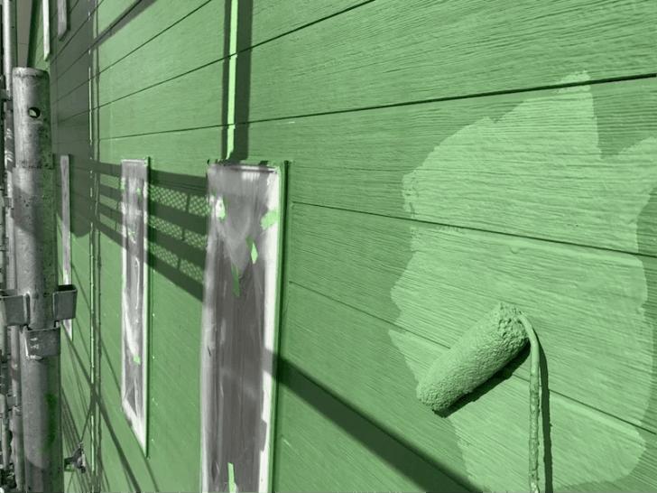 白井市の外壁塗装の上塗り